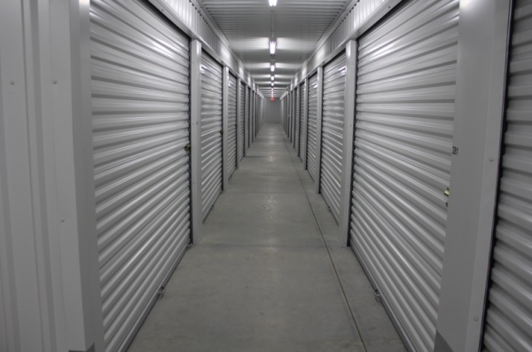 Lincoln Self Storage - Photo 4
