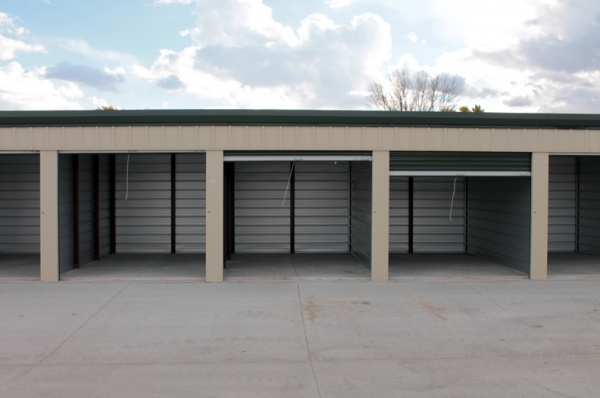 Lincoln Self Storage - Photo 5