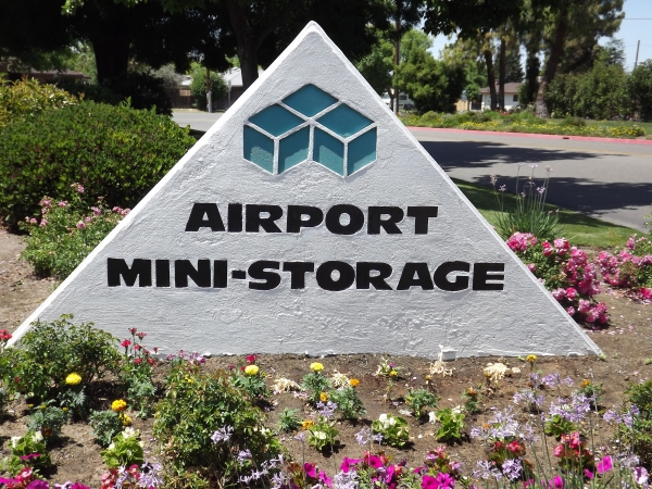 Airport Mini Storage - Photo 1