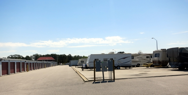 Storage King USA - Hope Mills - Photo 1