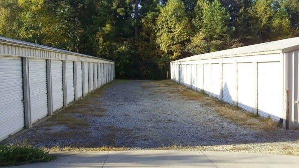Seneca Storage - Photo 2