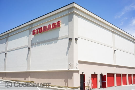 CubeSmart Self Storage - 545 Clark Road, Tewksbury MA 01876