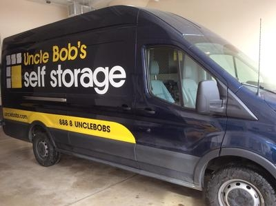 Uncle Bob's Self Storage - Chicago - 1625 S Ashland Ave - Photo 9