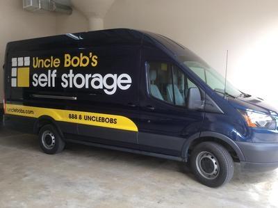Uncle Bob's Self Storage - Chicago - 1625 S Ashland Ave - Photo 8