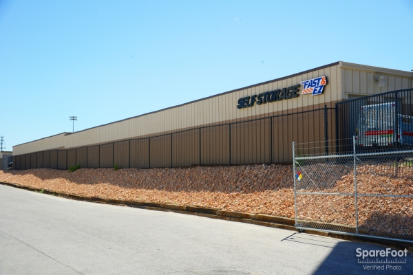 Fast & EZ Self Storage North Las Vegas - Photo 3