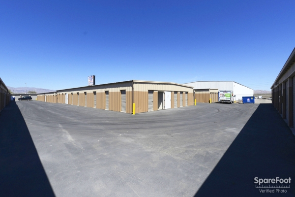 Fast & EZ Self Storage North Las Vegas - Photo 7