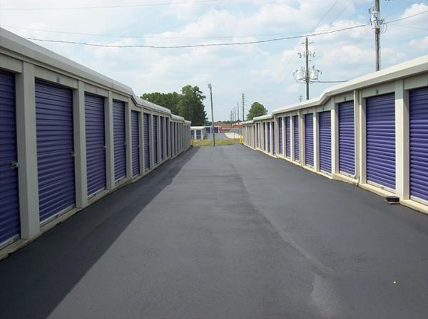 StoreSmart - Fayetteville - Photo 4