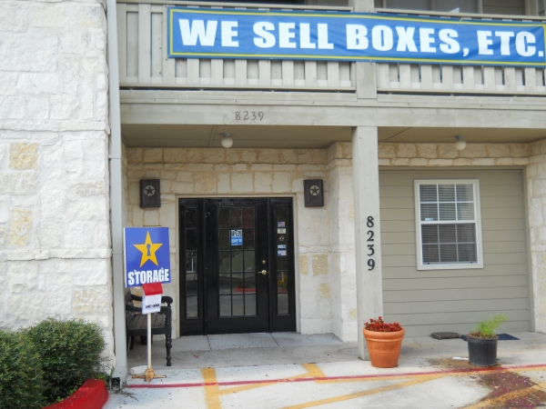 Star Storage - Alamo Heights - Photo 2