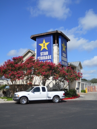 Star Storage - Alamo Heights - Photo 3