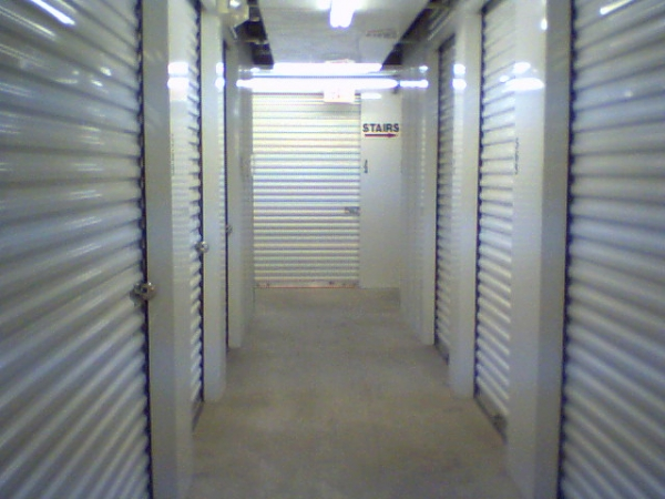 Arrington Self Storage - Clear Lake - Photo 3