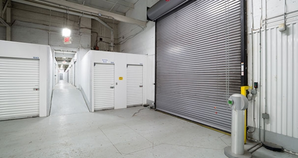 Security Public Storage - Baltimore - Photo 8