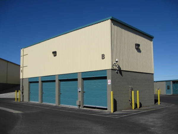 Storage West - Boulder Highway - Photo 4