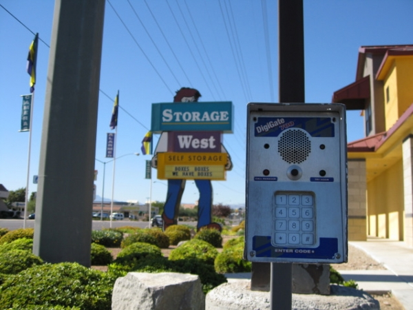 Storage West - Flamingo Road - Photo 7