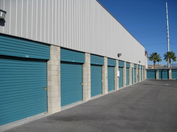 Storage West - Sahara Avenue - Photo 7