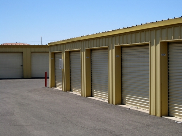 Storage West - McClintock Dr. - Photo 6