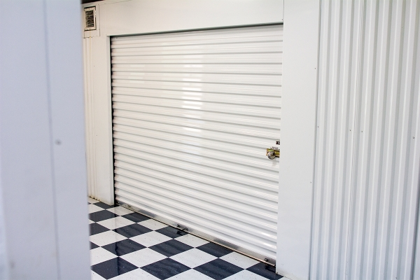 Storage Post Wilton Manors - Photo 4