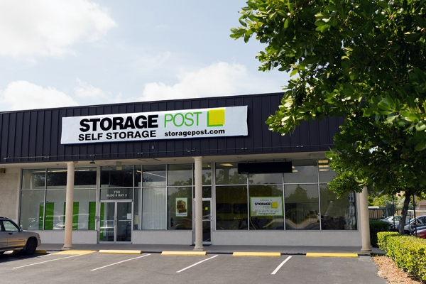 Storage Post Pompano Beach - Station Square - 1028 East Sample Road, Pompano Beach FL 33064 - Storefront
