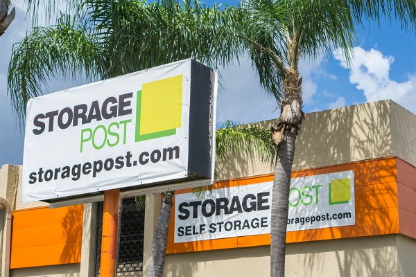 Storage Post Franklin Park - NW 6th St - Photo 1