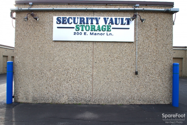 Security Vault Storage - 200 Manor Lane, Villa Park IL 60181 - Signage