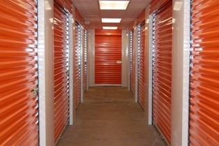 Continental Self Storage - East Park Ave. - Photo 4