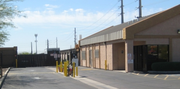 San Tan Self Storage - Photo 3