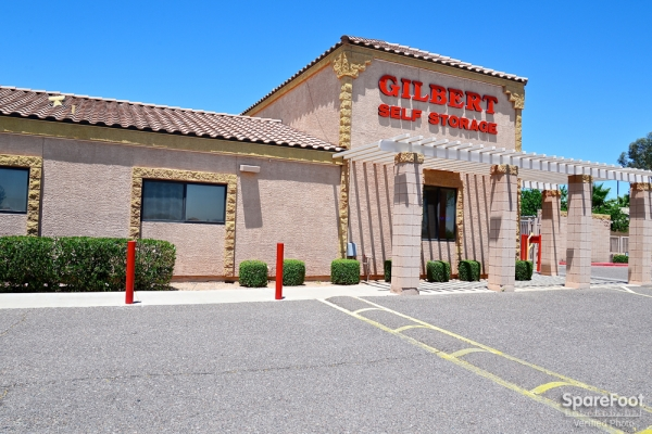 Gilbert Self Storage - Photo 2