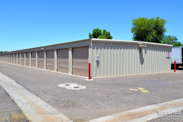 Gilbert Self Storage - Photo 8