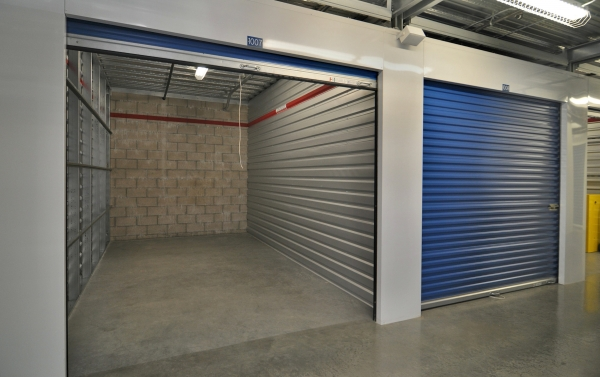US Storage Centers - Alhambra - Photo 4