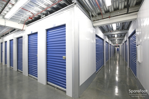 US Storage Centers - Alhambra - Photo 16
