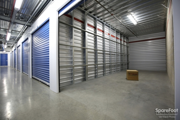 US Storage Centers - Alhambra - Photo 18