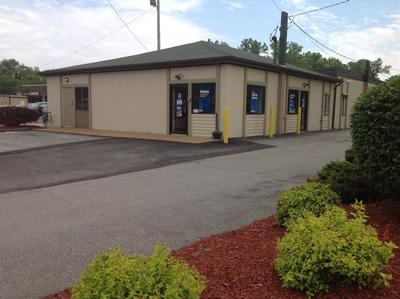 Uncle Bob's Self Storage - Brentwood - 8524 Manchester Road - Photo 1