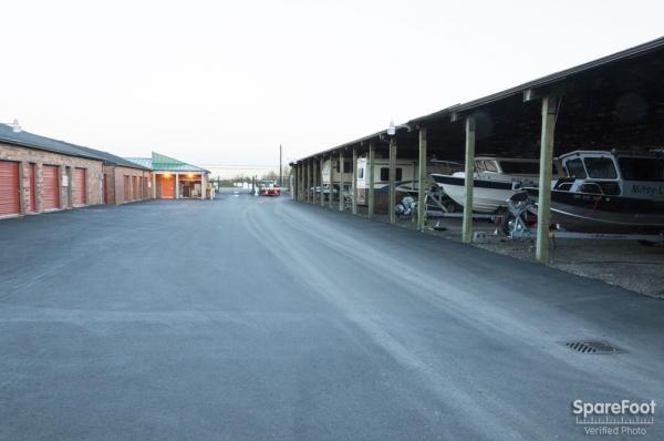 Whyte's Shelter Storage - Photo 4