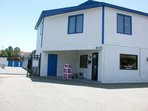 AAAA Self Storage & Moving - Newmarket - Photo 1