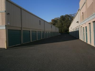 Uncle Bob's Self Storage - Farmingdale - 42 Tinton Falls Road - Photo 4