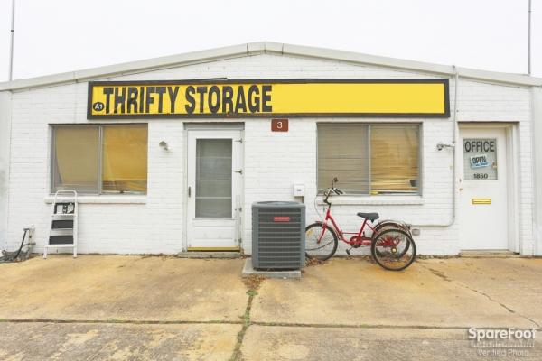Happy Self Storage - 43rd St. - Photo 2