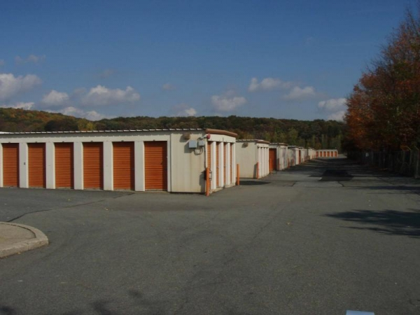 A-1 Self Storage Systems - Photo 3