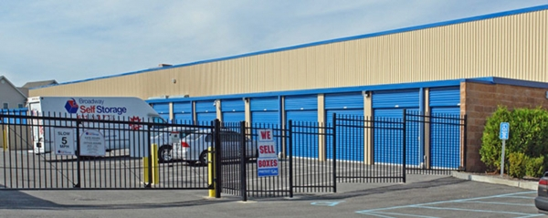 Broadway Self Storage - Photo 6