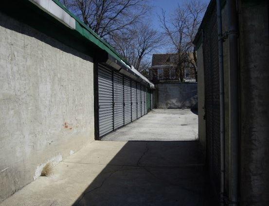 Garages Org - 6th Street - Photo 5