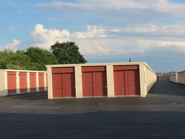 Newport Mini Storage Center - Photo 6