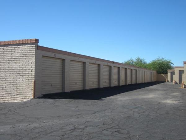 Trailside Storage - Photo 4