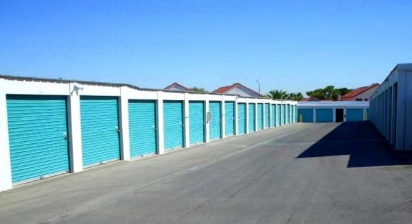 Freedom Storage - Las Vegas - Photo 4