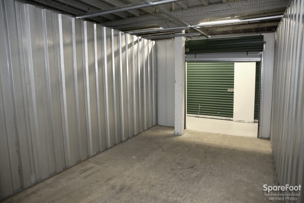 Advantage Self Storage - Beverly - Photo 10