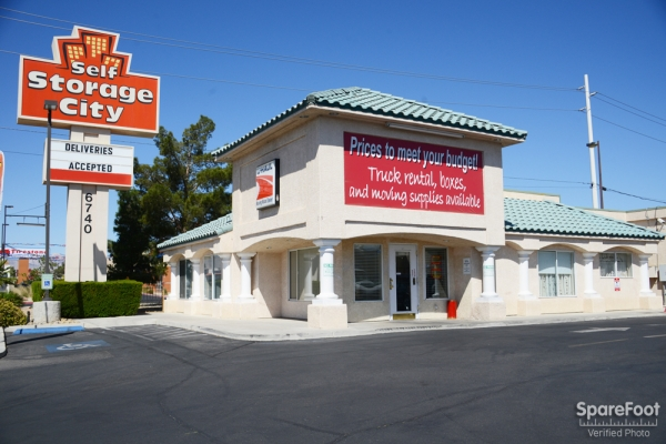 Self Storage City - 6740 West Flamingo Road, Las Vegas NV 89103