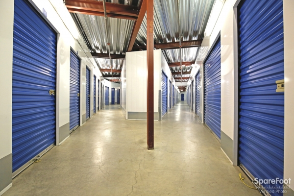US Storage Centers - Montrose - Photo 8