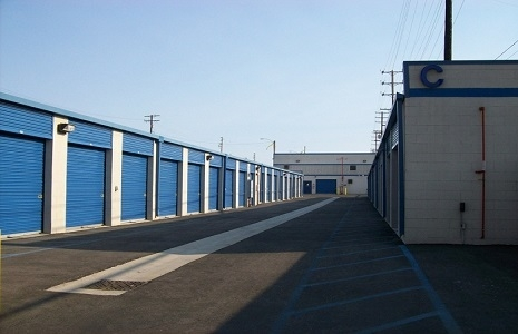 US Storage Centers - Harbor City on Frampton Avenue - Photo 4