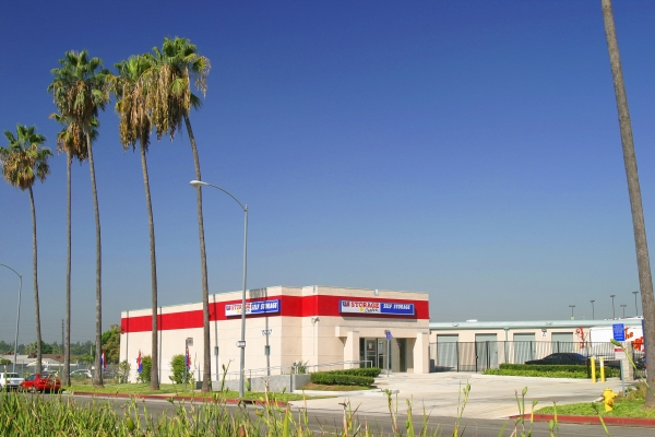 US Storage Centers - Mission Hills - Photo 1