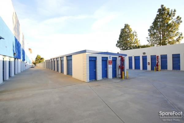 US Storage Centers - La Crescenta - Photo 6