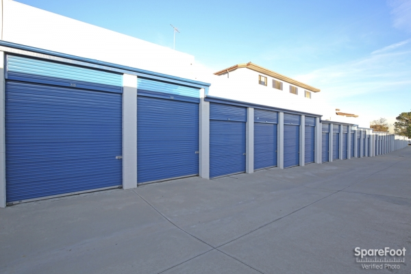US Storage Centers - La Crescenta - Photo 8