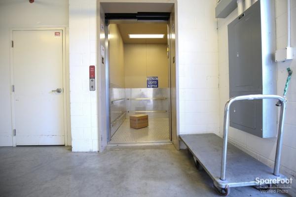 US Storage Centers - Torrance - Photo 17