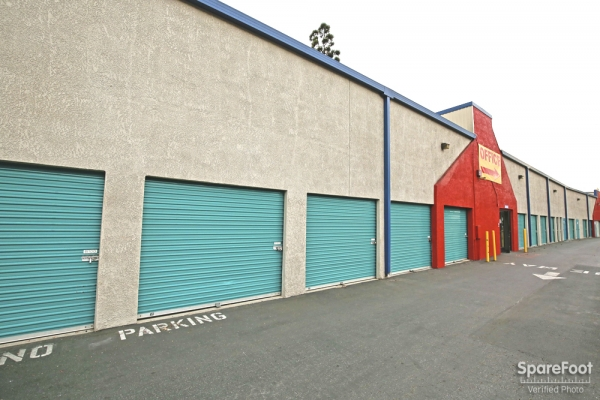 US Storage Centers - Inglewood - Photo 5